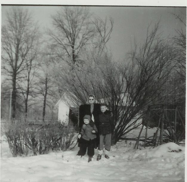 John, Florence, Jeanne Lawrence 1951